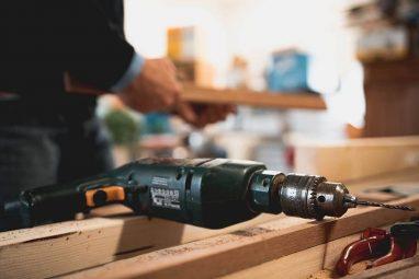 craftsman-drill-wood-carpenter (1) (1)